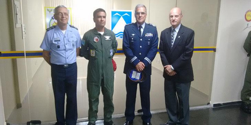 Passagem de Comando da ALA 12 e Visita 1/7 GAV